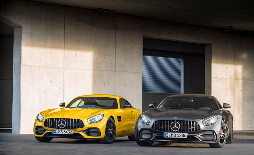 2018 Mercedes-AMG GT C Edition 50 coupe & 2018 Mercedes-AMG GT S - Slide 18