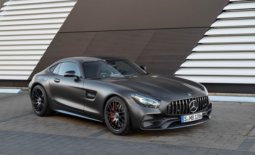 2018 Mercedes-AMG GT C Edition 50 coupe & 2018 Mercedes-AMG GT S - Slide 25
