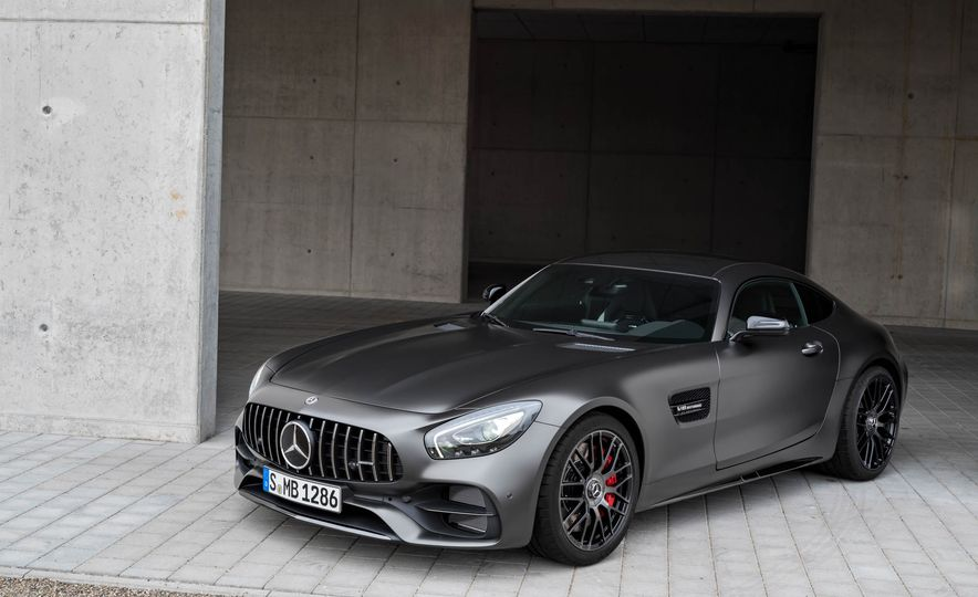 2018 Mercedes-AMG GT C Edition 50 coupe & 2018 Mercedes-AMG GT S - Slide 26