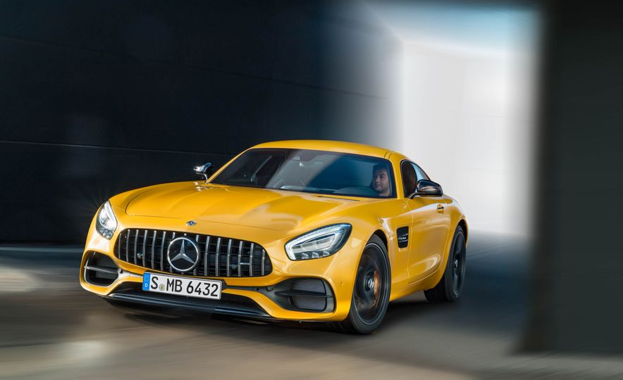2018 Mercedes-AMG GT C Edition 50 coupe & 2018 Mercedes-AMG GT S - Slide 35