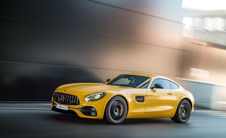 2018 Mercedes-AMG GT C Edition 50 coupe & 2018 Mercedes-AMG GT S - Slide 36