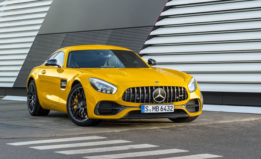 2018 Mercedes-AMG GT C Edition 50 coupe & 2018 Mercedes-AMG GT S - Slide 37