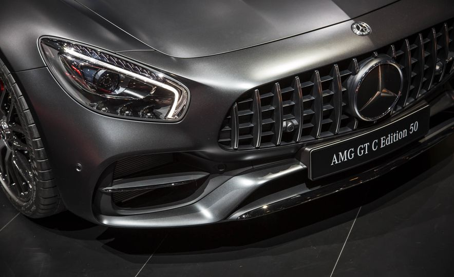 2018 Mercedes-AMG GT C Edition 50 coupe & 2018 Mercedes-AMG GT S - Slide 13