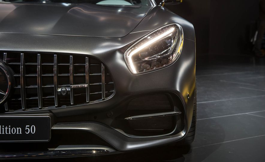 2018 Mercedes-AMG GT C Edition 50 coupe & 2018 Mercedes-AMG GT S - Slide 15