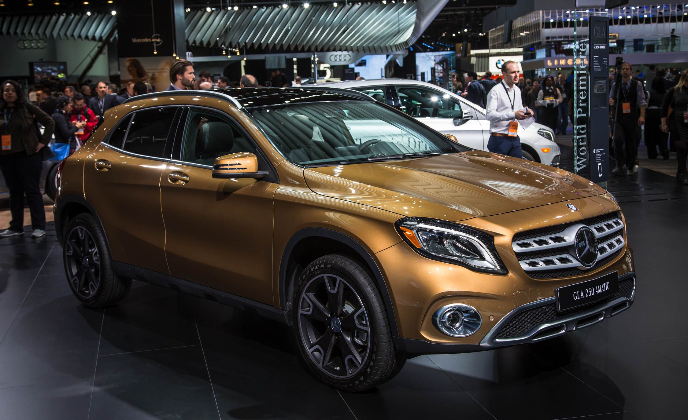 2018 Mercedes Benz GLA class s and Info News