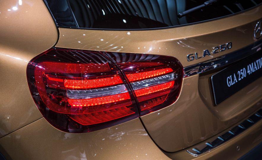 2018 Mercedes-AMG GLA45 4MATIC - Slide 7