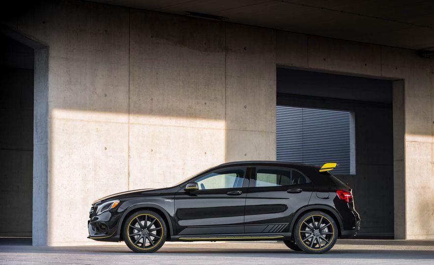 2018 Mercedes-AMG GLA45 4MATIC - Slide 41