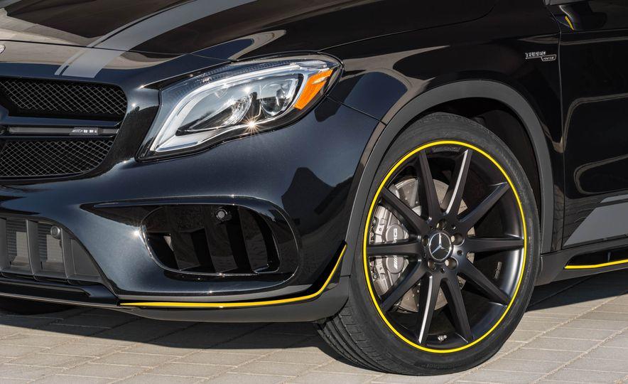 2018 Mercedes-AMG GLA45 4MATIC - Slide 43