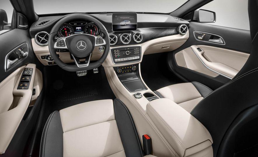 2018 Mercedes-AMG GLA45 4MATIC - Slide 59
