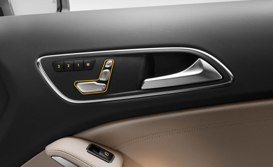 2018 Mercedes-AMG GLA45 4MATIC - Slide 63