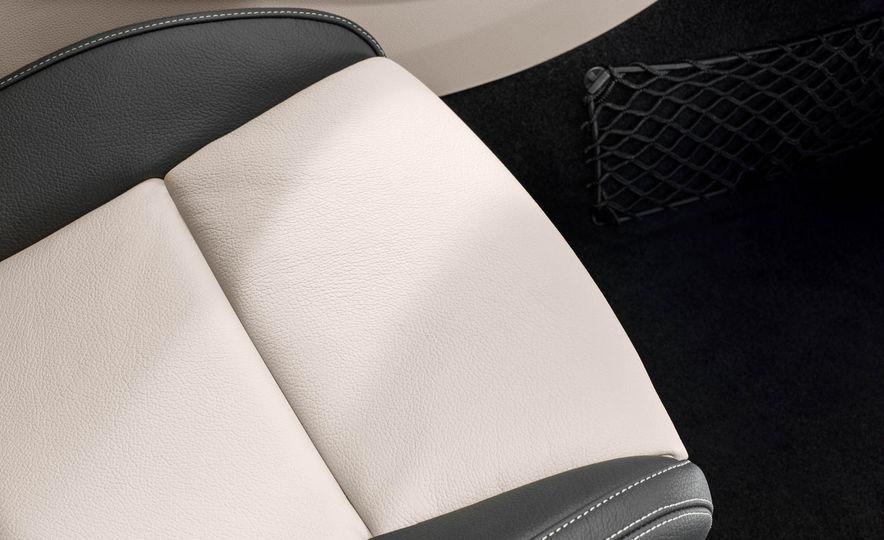 2018 Mercedes-AMG GLA45 4MATIC - Slide 64