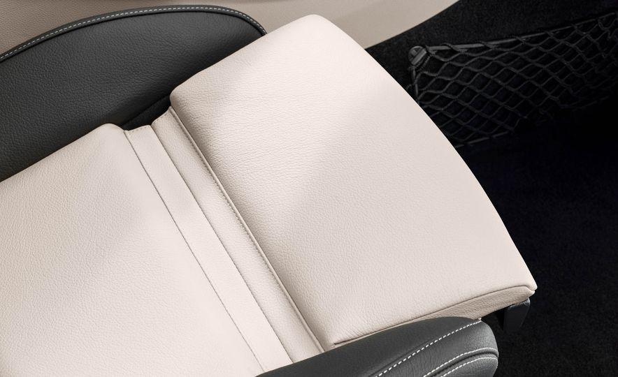 2018 Mercedes-AMG GLA45 4MATIC - Slide 65