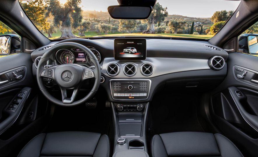 2018 Mercedes-AMG GLA45 4MATIC - Slide 95