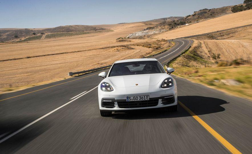 2018 Porsche Panamera 4 e-hybrid - Slide 11