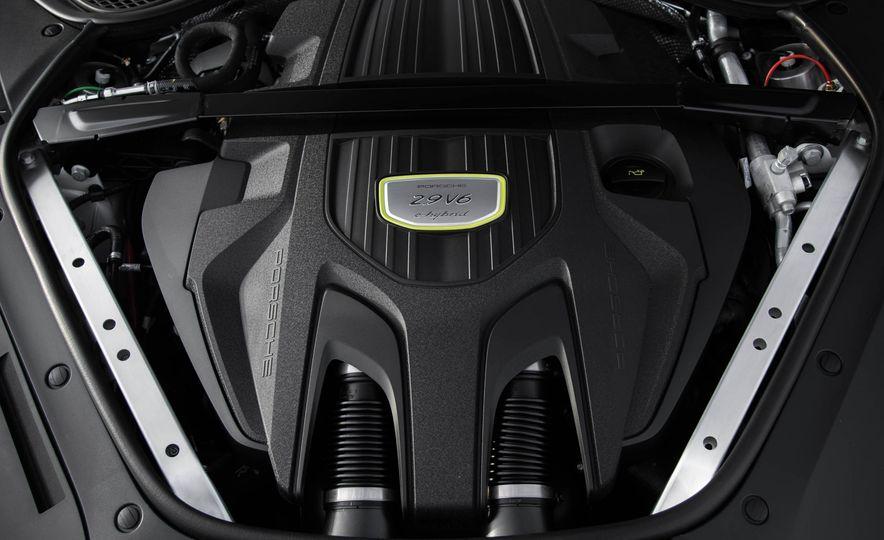 2018 Porsche Panamera 4 e-hybrid - Slide 41