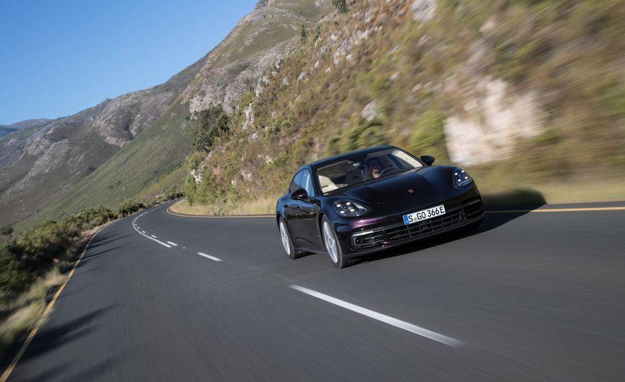 2018 Porsche Panamera 4 e-hybrid - Slide 44