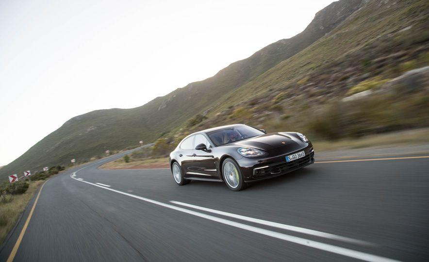 2018 Porsche Panamera 4 e-hybrid - Slide 45
