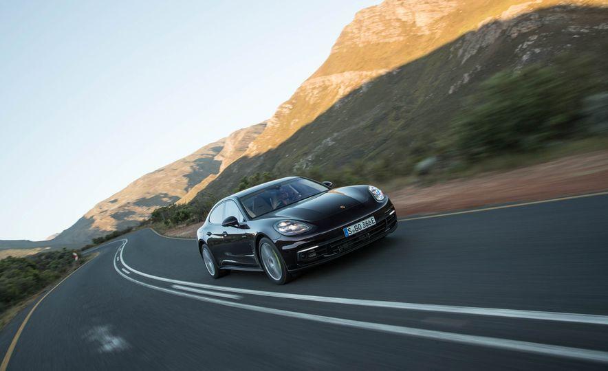 2018 Porsche Panamera 4 e-hybrid - Slide 48