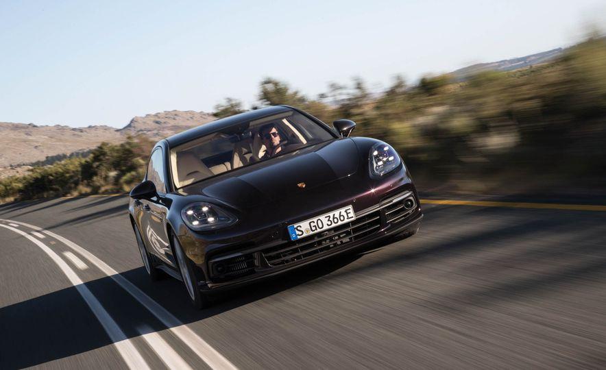 2018 Porsche Panamera 4 e-hybrid - Slide 50