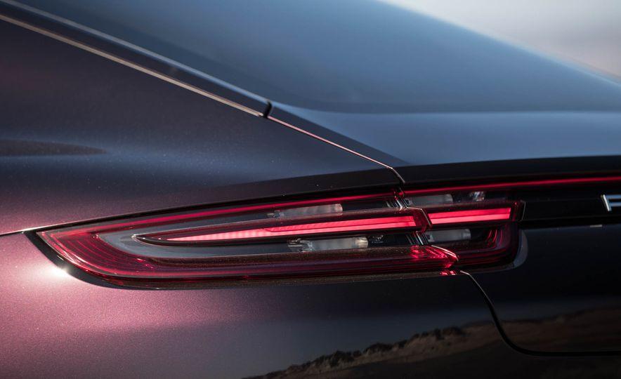 2018 Porsche Panamera 4 e-hybrid - Slide 59