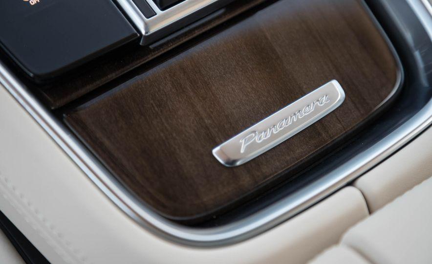 2018 Porsche Panamera 4 e-hybrid - Slide 74