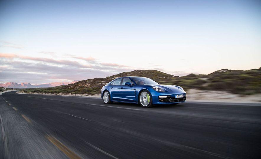 2018 Porsche Panamera 4 e-hybrid - Slide 81