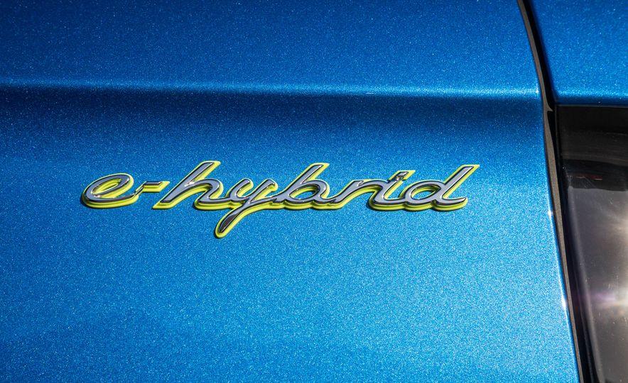 2018 Porsche Panamera 4 e-hybrid - Slide 99