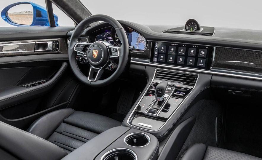 2018 Porsche Panamera 4 e-hybrid - Slide 103