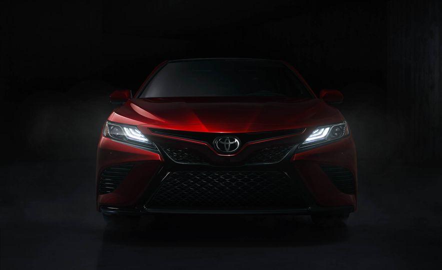 2018 Toyota Camry - Slide 44