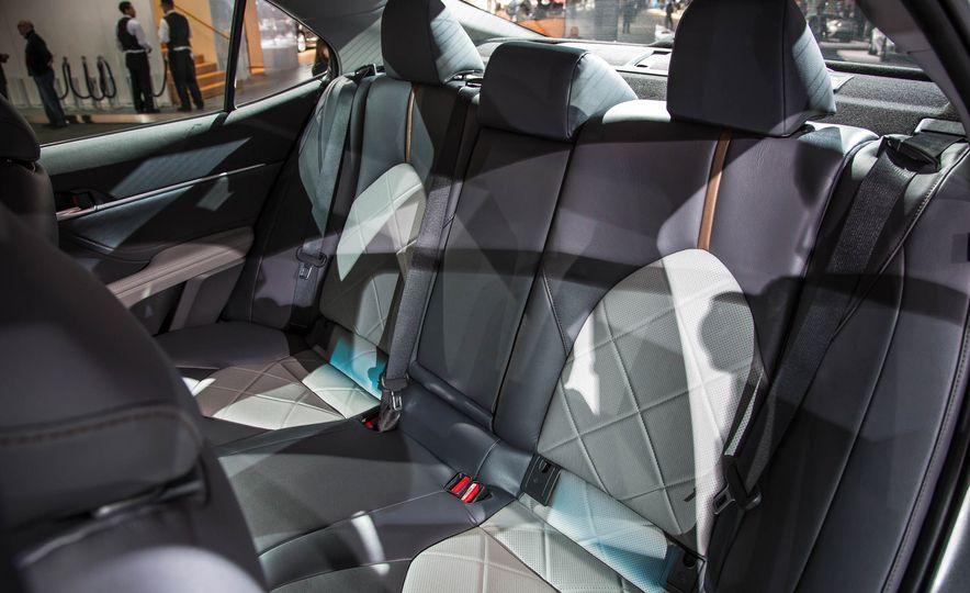 2018 Toyota Camry - Slide 21