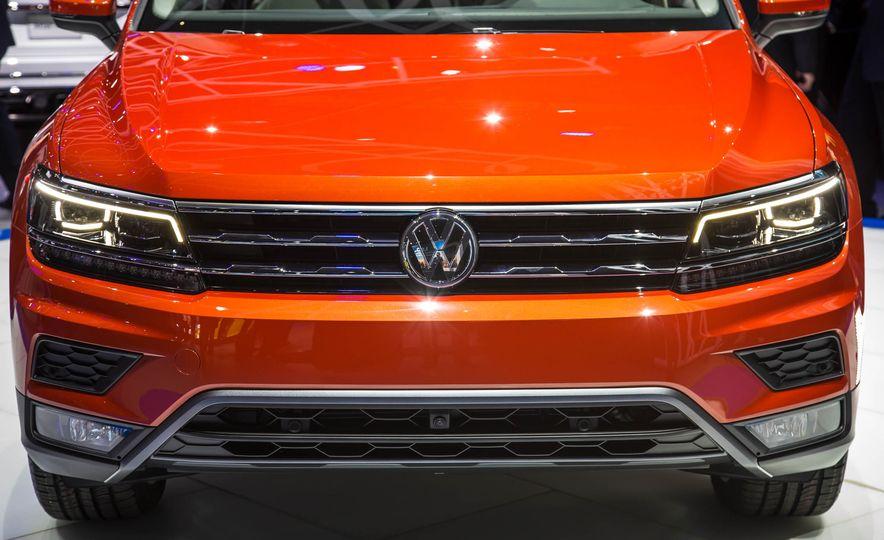 2018 Volkswagen Tiguan - Slide 5