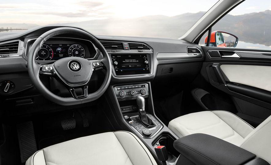 2018 Volkswagen Tiguan - Slide 12