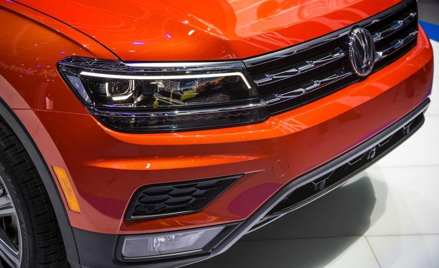 2018 Volkswagen Tiguan - Slide 6