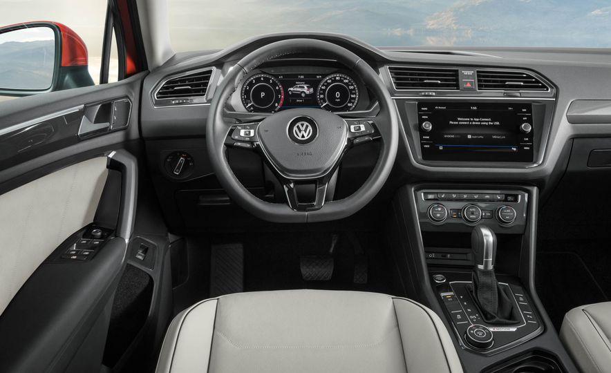 2018 Volkswagen Tiguan - Slide 13