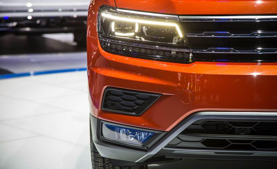 2018 Volkswagen Tiguan - Slide 7