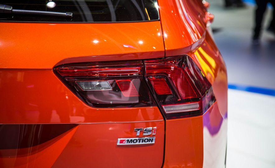 2018 Volkswagen Tiguan - Slide 9