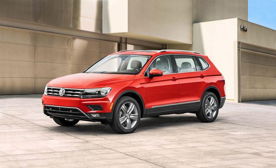 2018 Volkswagen Tiguan - Slide 1