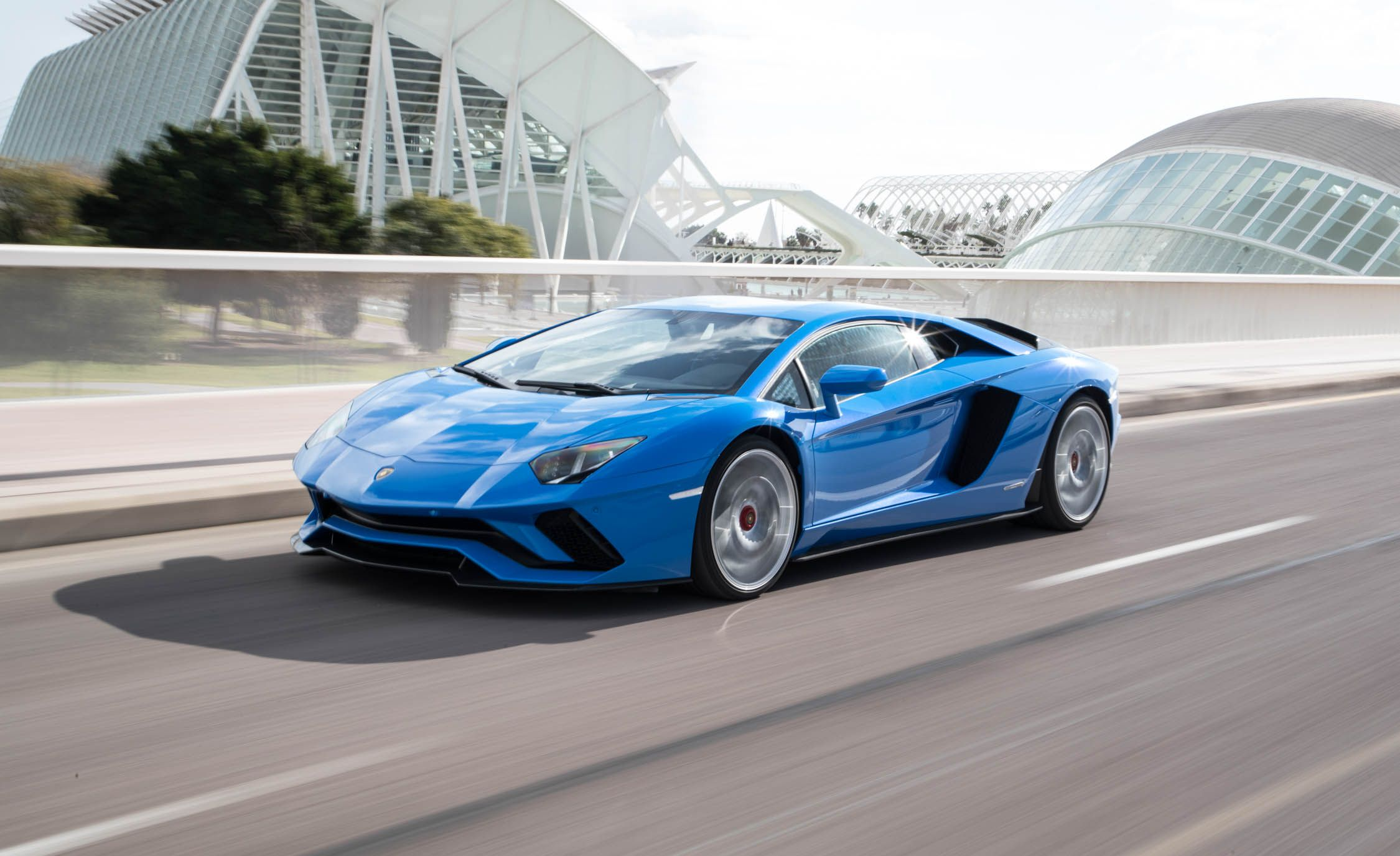 suv and specs to everything lamborghini usa need pictures prices in car you full by details magazine official know news urus lambo first