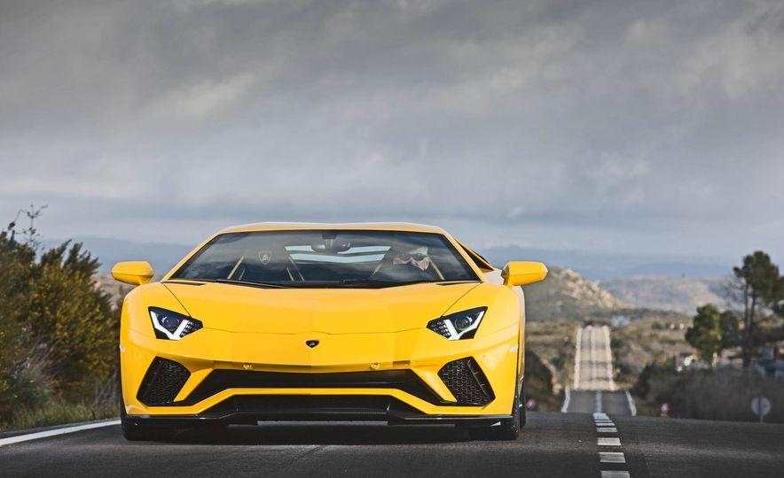 2017 Lamborghini Aventador S - Slide 54
