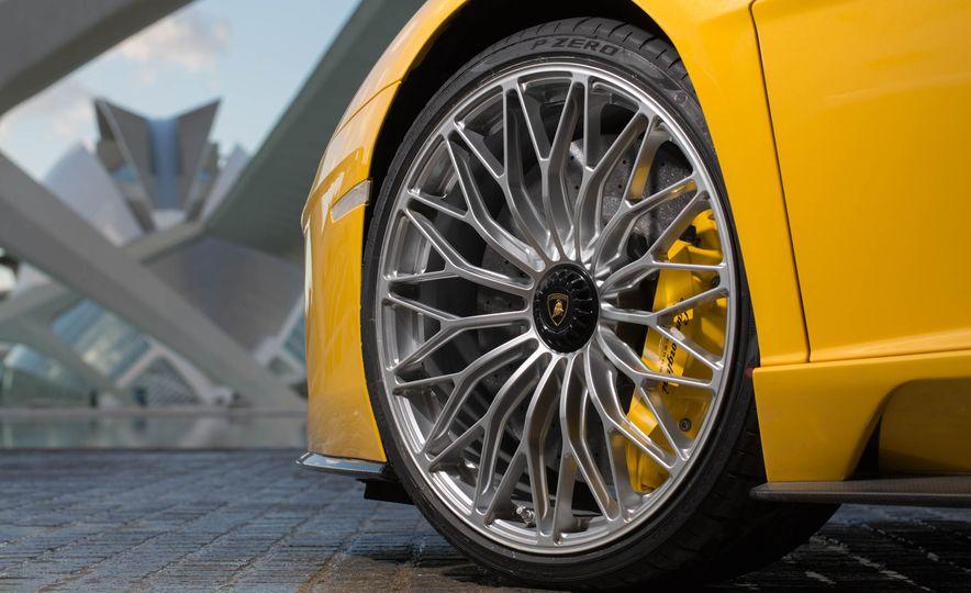 2017 Lamborghini Aventador S - Slide 58