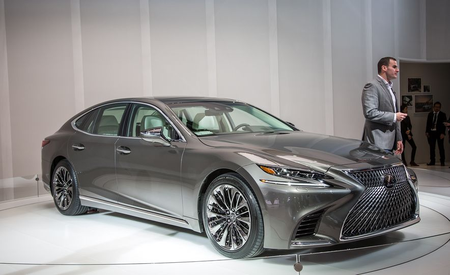 The Detroit Auto Show Debuts You Need to Know About - Slide 8