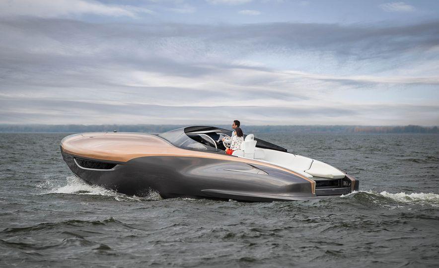 Lexus Sport Yacht concept - Slide 3