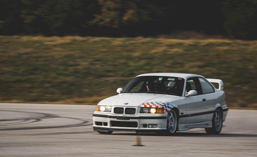 1995 BMW M3 Lightweight - Slide 2