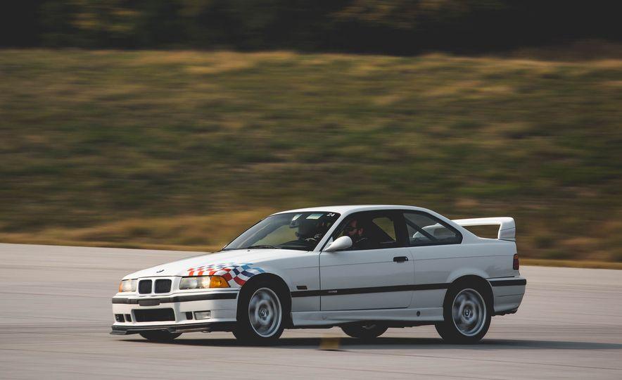 1995 BMW M3 Lightweight - Slide 4