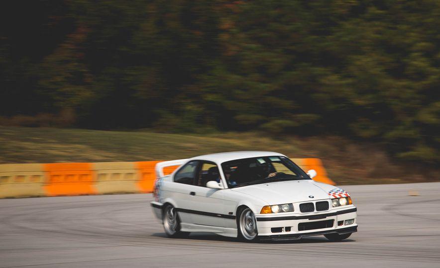 1995 BMW M3 Lightweight - Slide 7
