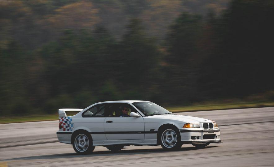 1995 BMW M3 Lightweight - Slide 8