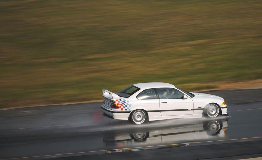 1995 BMW M3 Lightweight - Slide 15