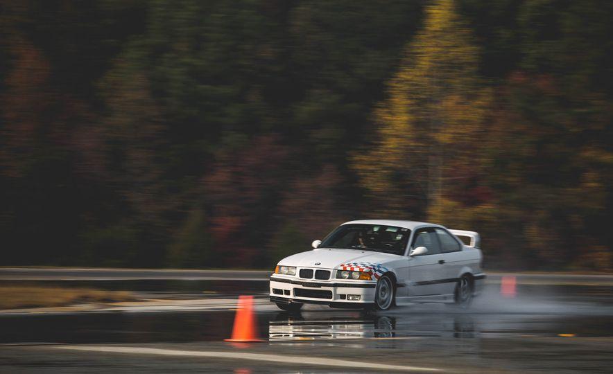 1995 BMW M3 Lightweight - Slide 19