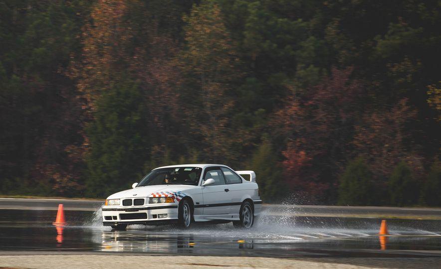 1995 BMW M3 Lightweight - Slide 20
