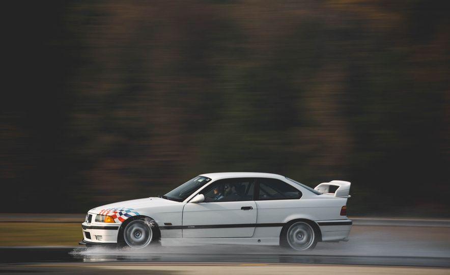 1995 BMW M3 Lightweight - Slide 21